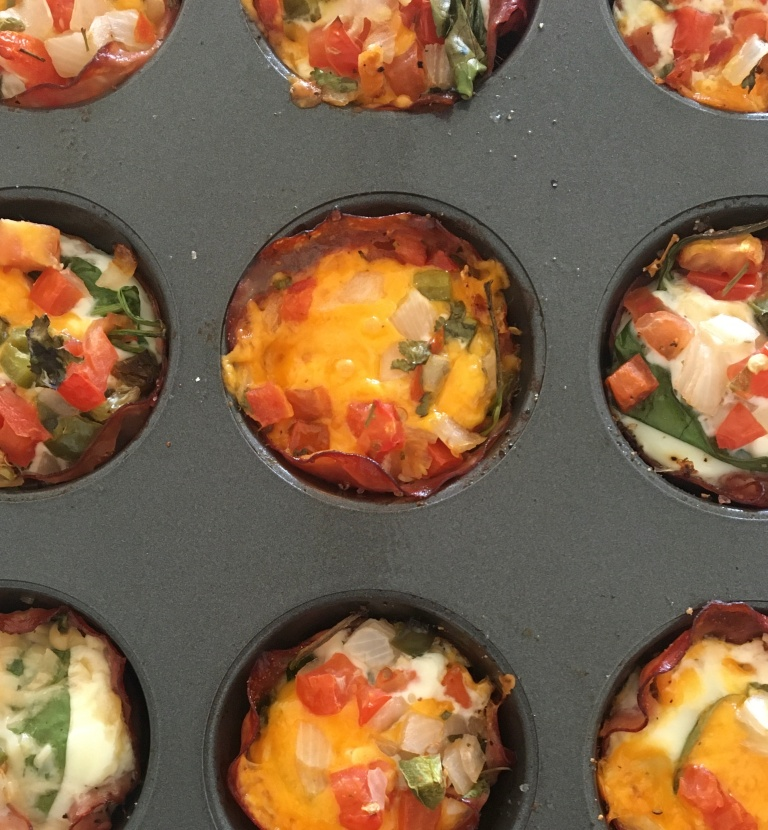 healthy breakfast, ham and egg cups